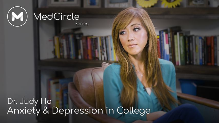 How to Manage Depression or Anxiety in College (& Prevention Strategies)